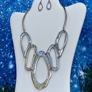 Jewelry - Bold and beautiful silver tone necklace & earrings